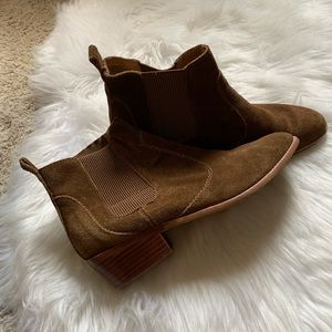 Gap, cognac suede/leather western chelsea boot